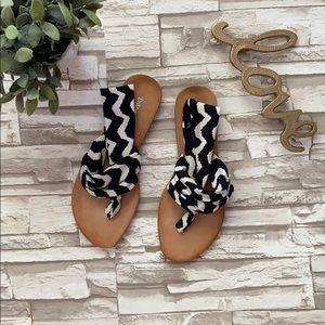 Dirty Laundry Beepop Flat Sandals